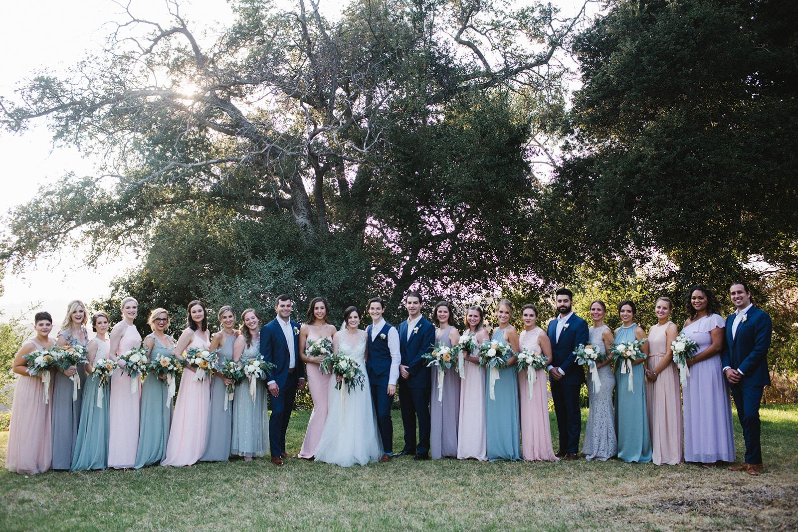 Large_Bridal_Party_Attire