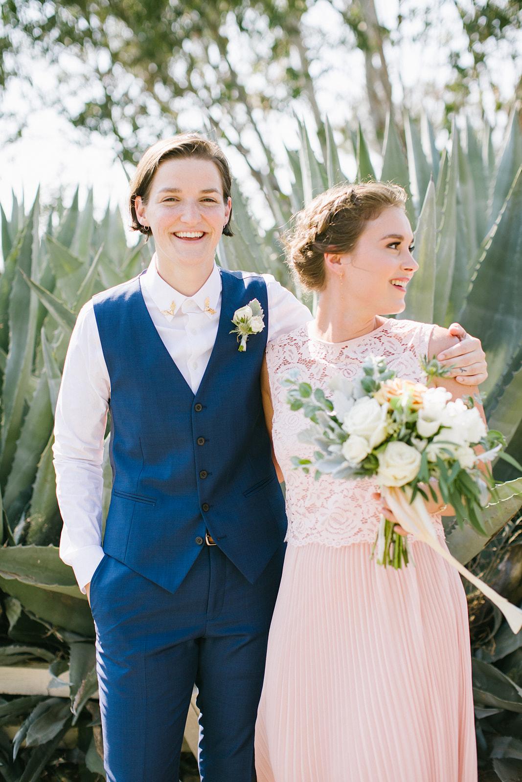 Bride_and_Bridesmaid