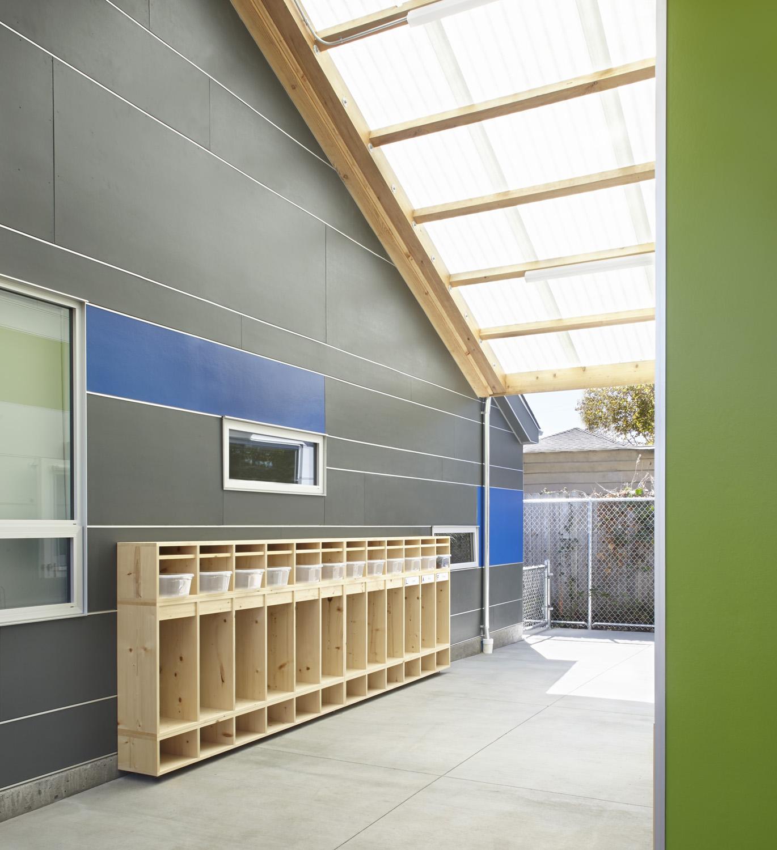 Nia House064FC.jpg