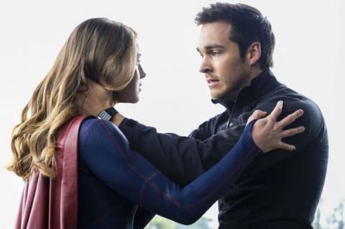 supergirl-mon-el-hea.jpg