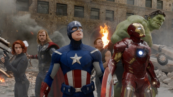 avengers2-b_wide-b0ea0a2ebd51609e2202fd6f7a17ee8292794260-s900-c85.jpg