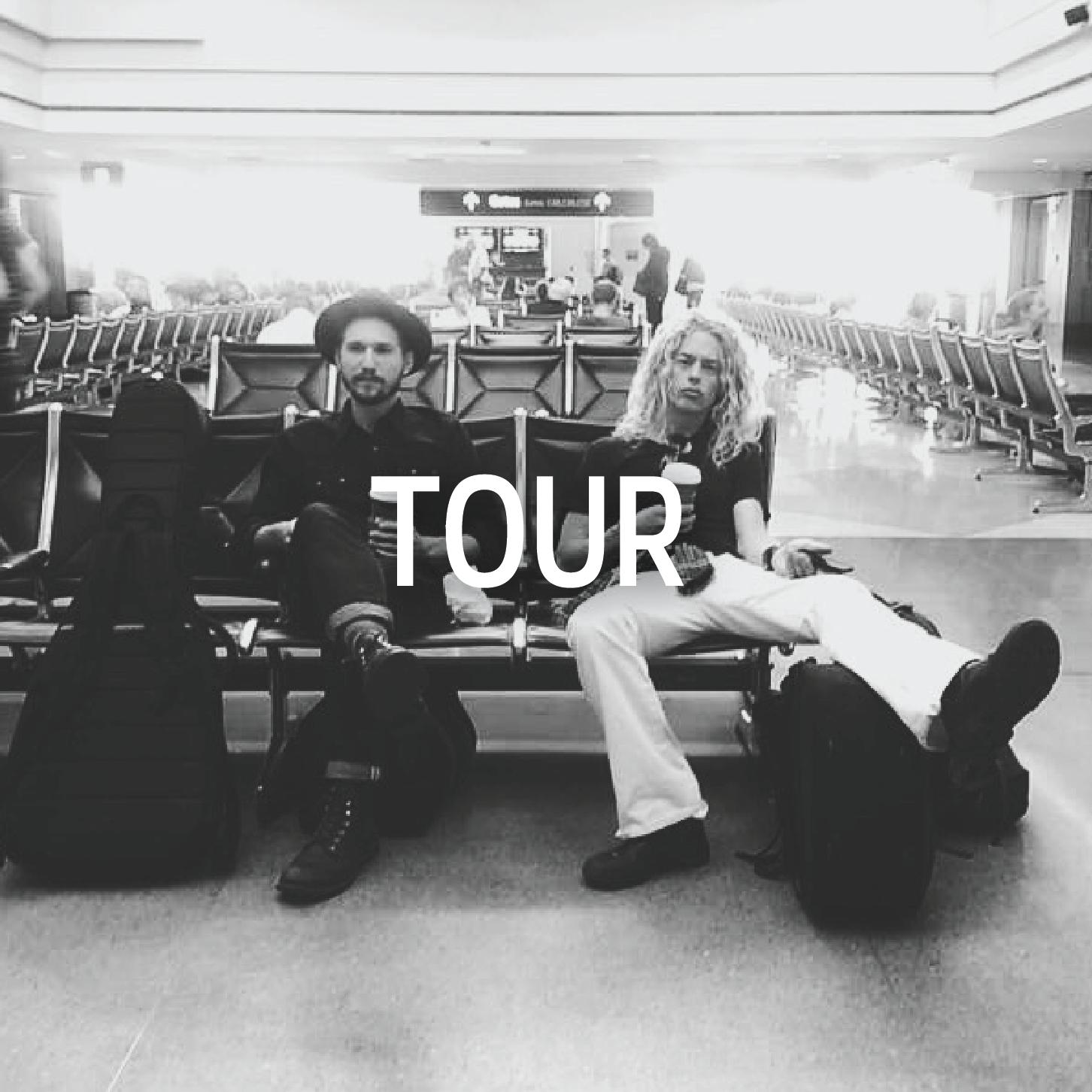 TOUR ICON.png