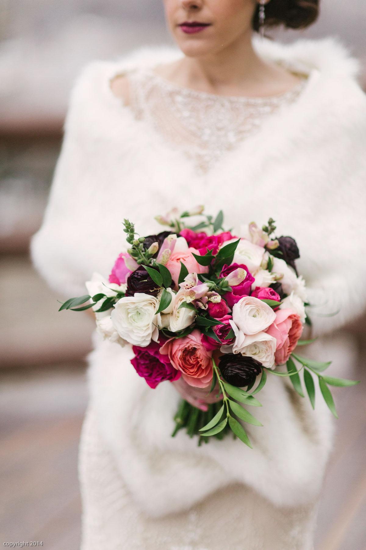 Photo: Erin Kate Photography  Florist: Artisan Bloom