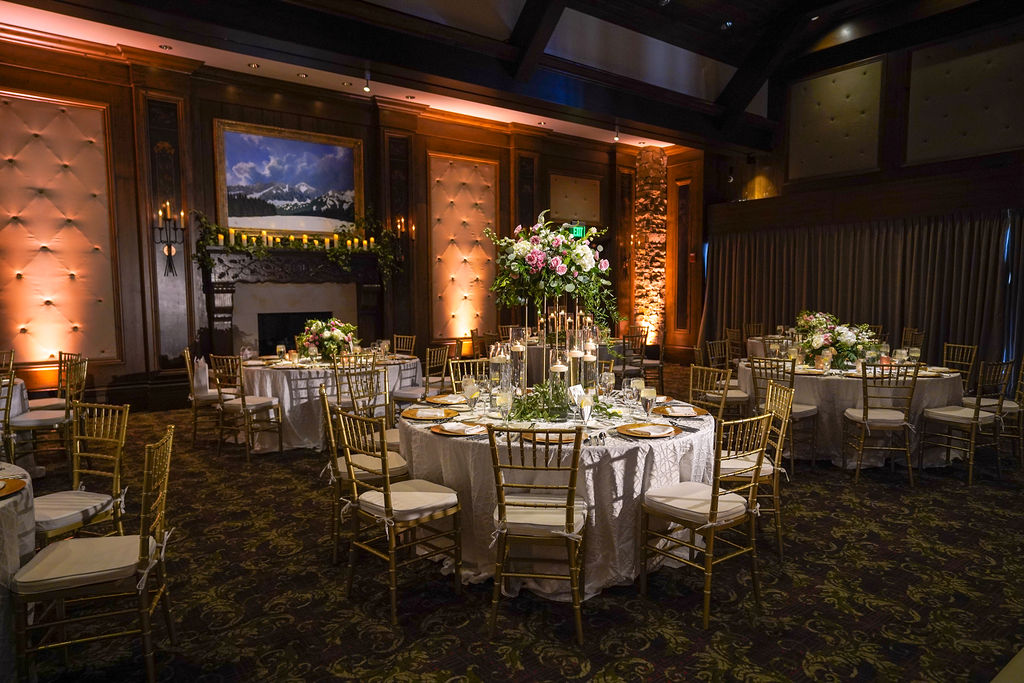 Photo: Pepper Nix Photography  Planner: Silver Summit Events  Florist: Artisan Bloom