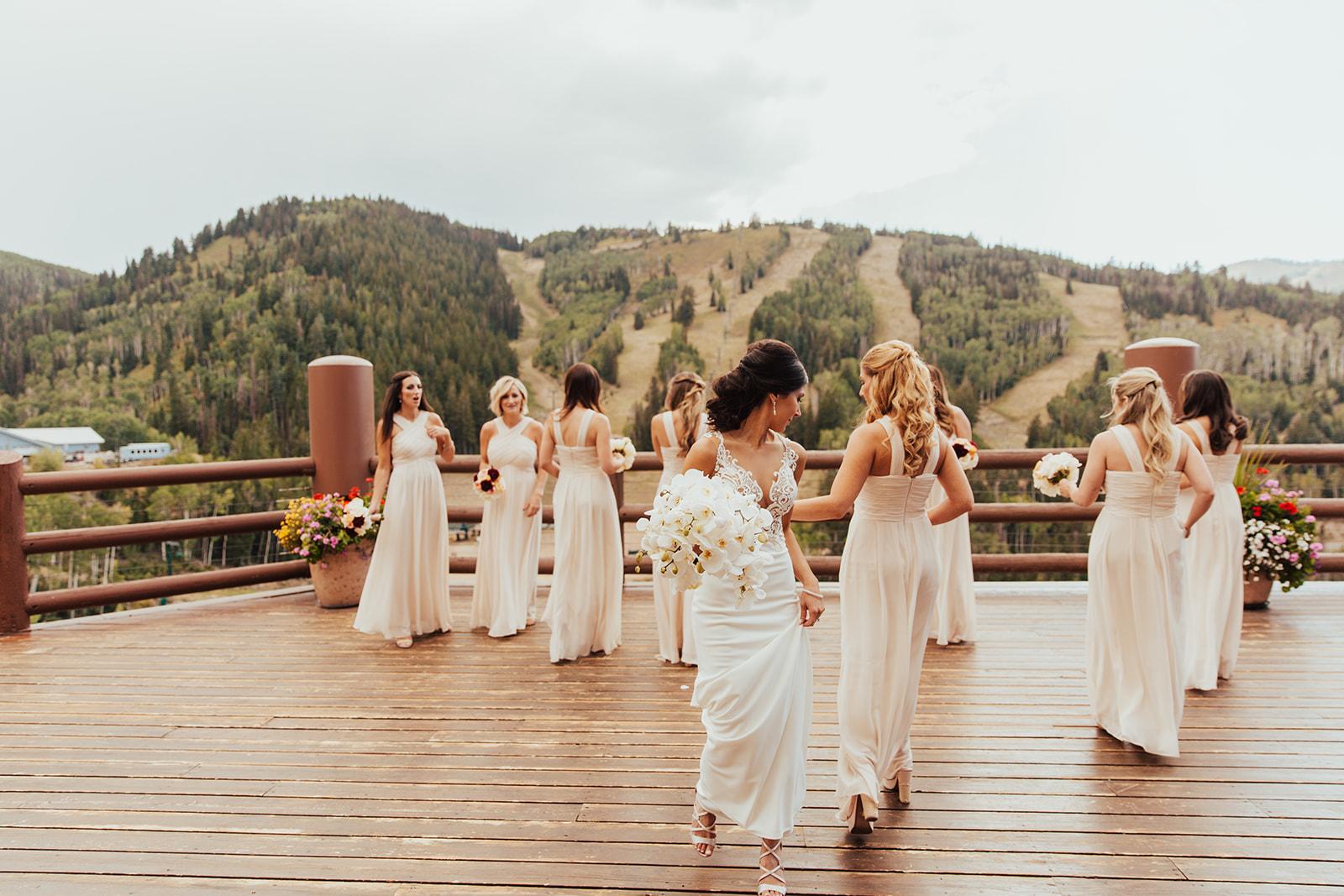 Photo: Brogen Jessup  Florist: Artisan Bloom  Planning: Something Lovely Weddings