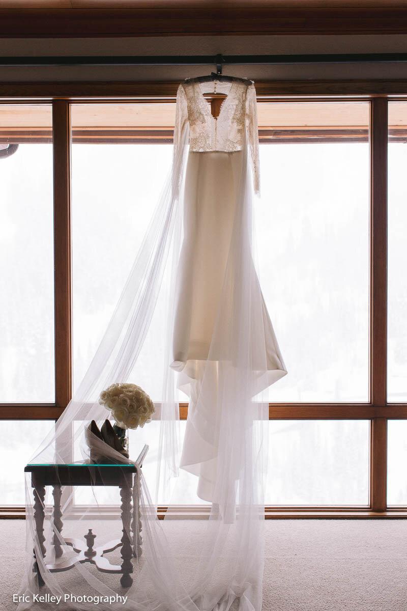 Park City Weddings-AshleyLeathers-EricKelley_ArtisanBloom_Soiree-14.jpg