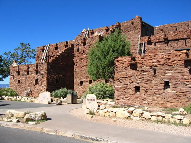 The Hopi House Today