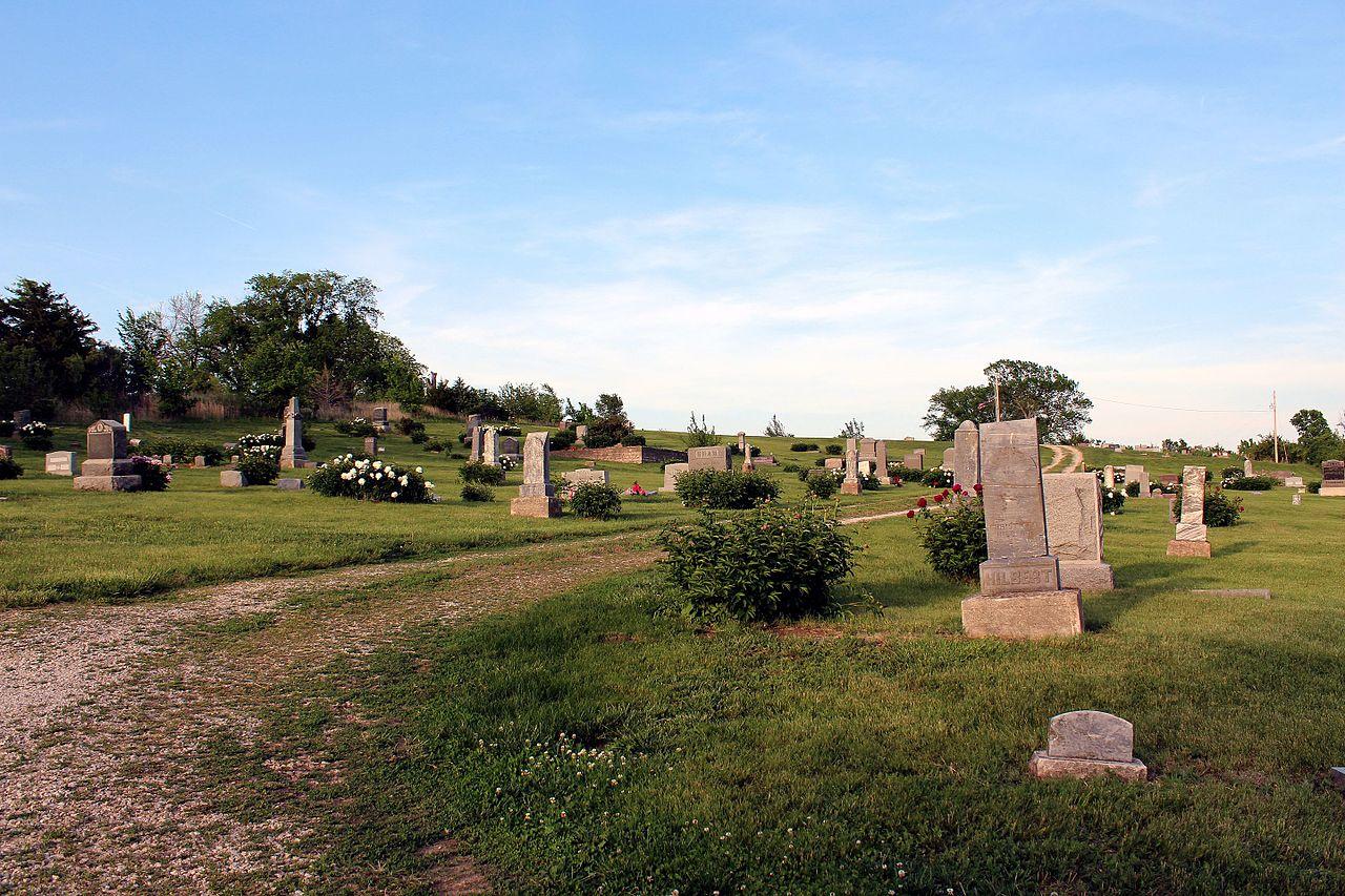 Stull_Cemetery_2014.jpg