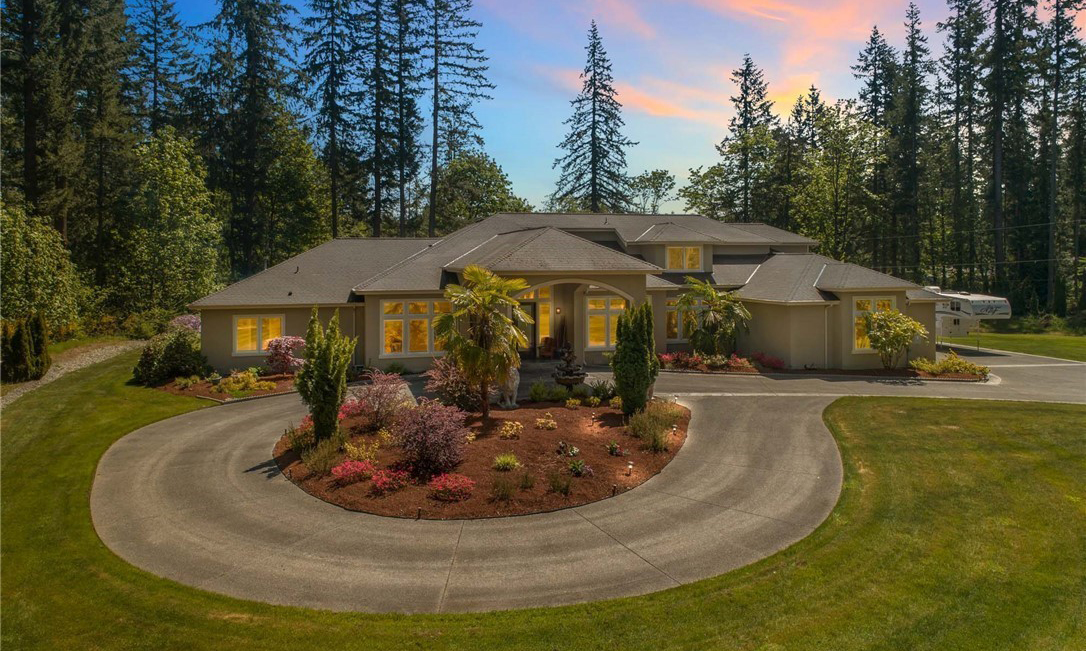 Kent, WA | Sold at $1,225,000  Represented Buyer