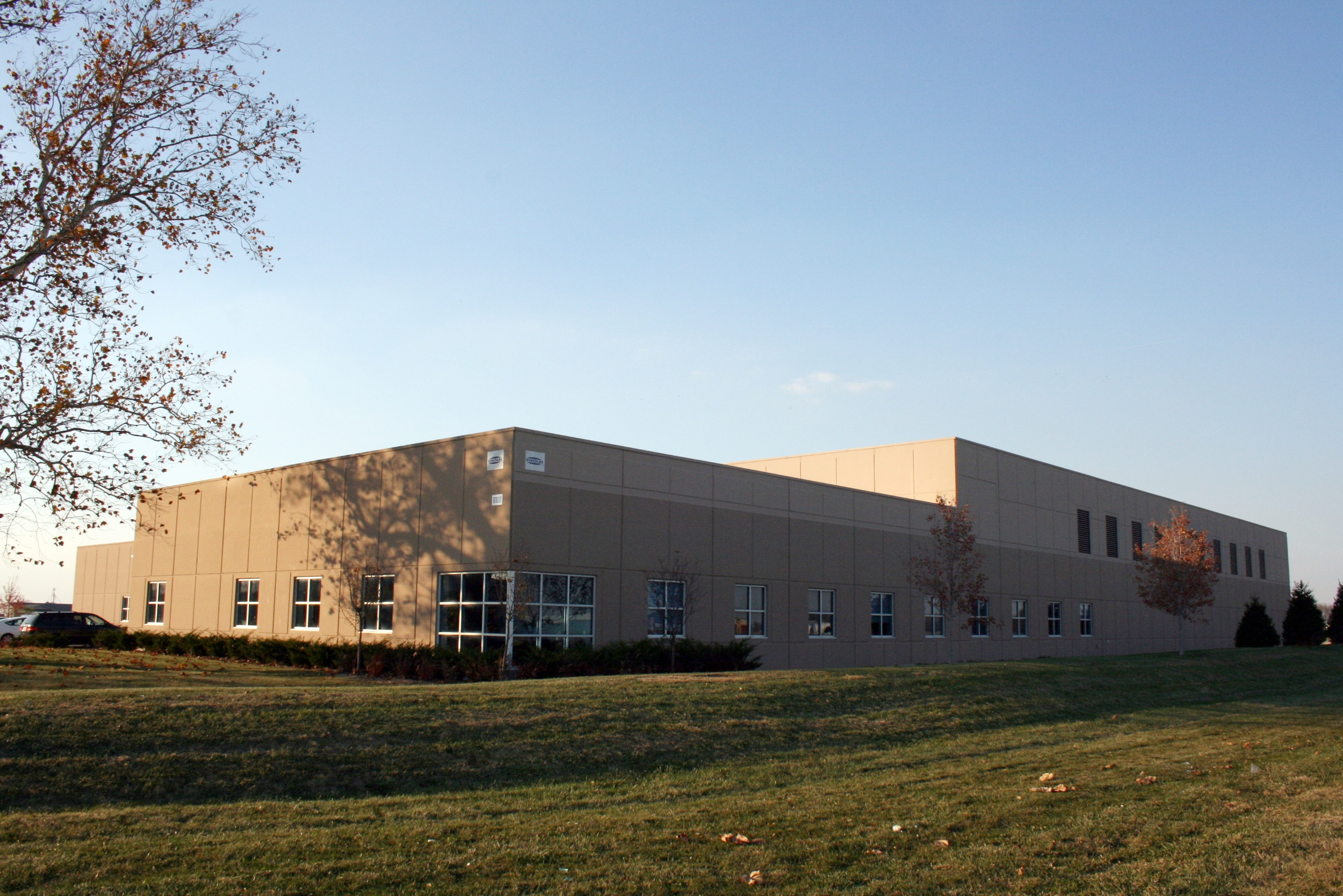 Vivolac Manufacturing, Mount Comfort, In