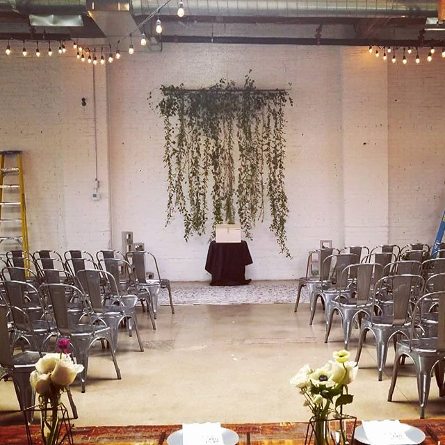 Let's think outside the box with ceremony arches. 🌿Beautiful floral curtain made by the talented @projectfloral! 🌸  Venue: @skylight.828  Planning: @mountainsideevents  Florals: @projectfloral  #flowercurtain #wedding #coloradowedding #winterwedding #mountainsideevents #projectfloral #skylight #thatsdarling #denverweddingplanner #weddingideas #weddingchic