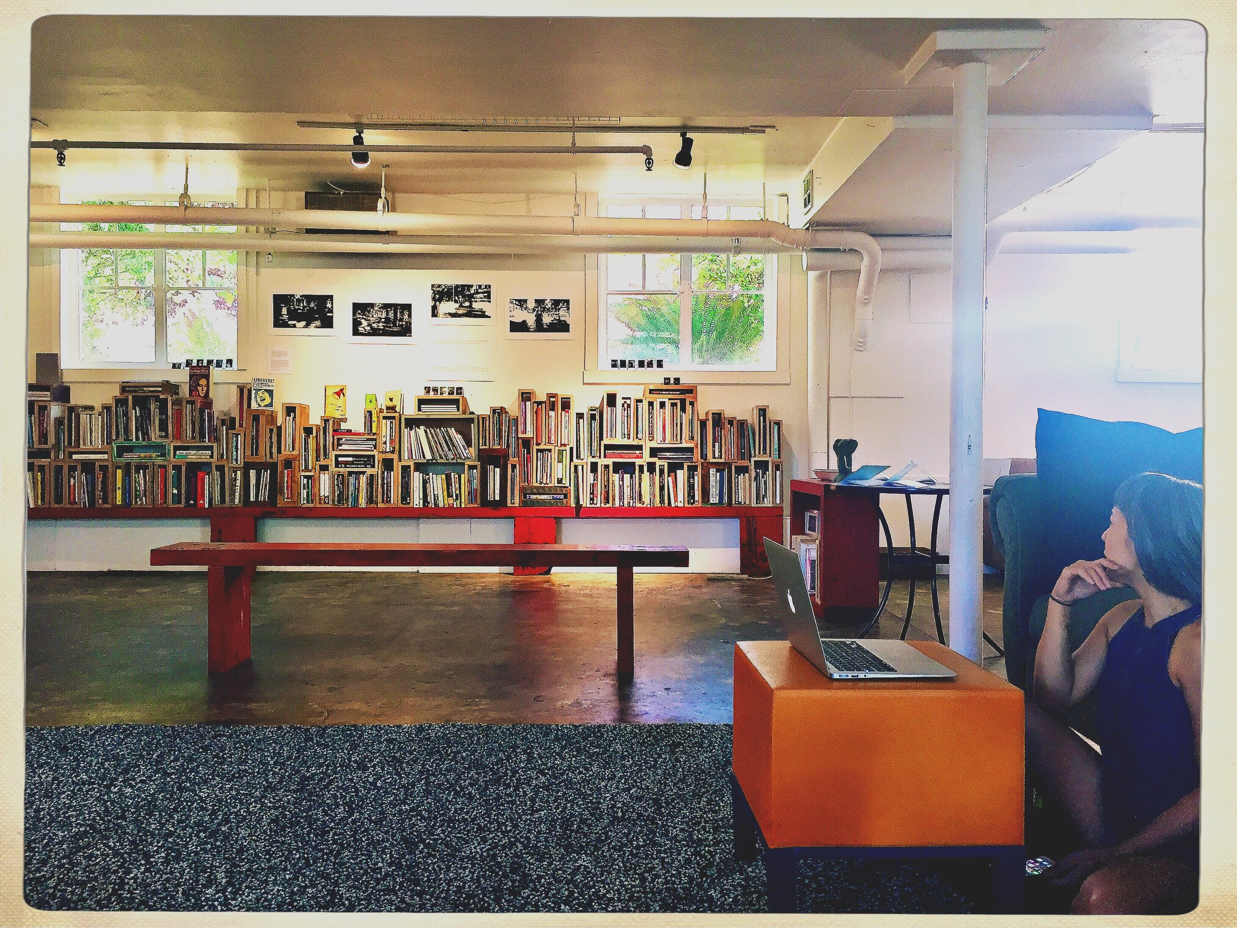 photo credit : Allison Albino (who was visiting Portland for the Tinhouse summer workshops and stopped into De-Canon during our library hours)