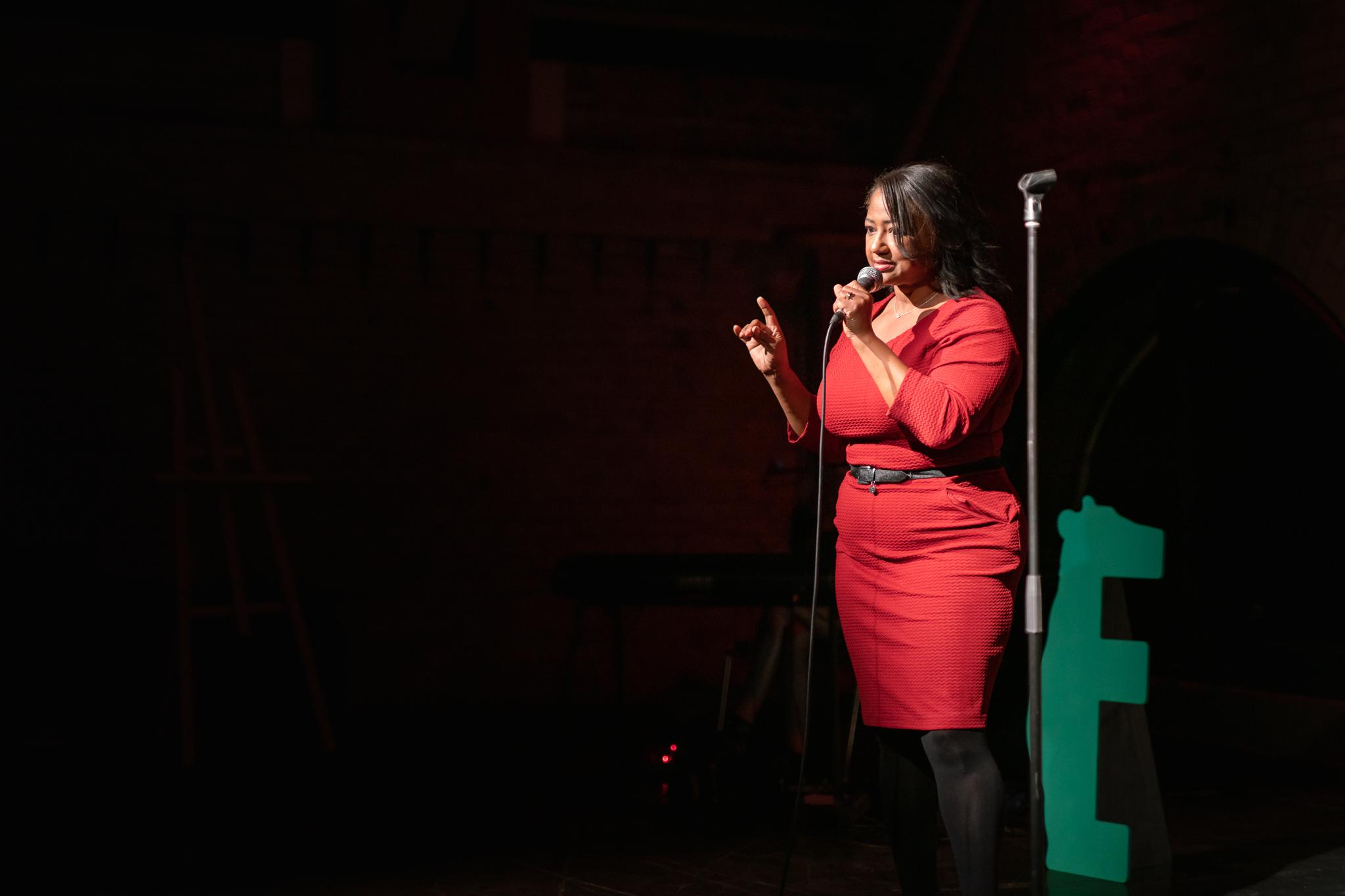 Denise on stage at The Bear, Maschinenhaus im Kulturbrauerei; Photo: Felix Limmer.