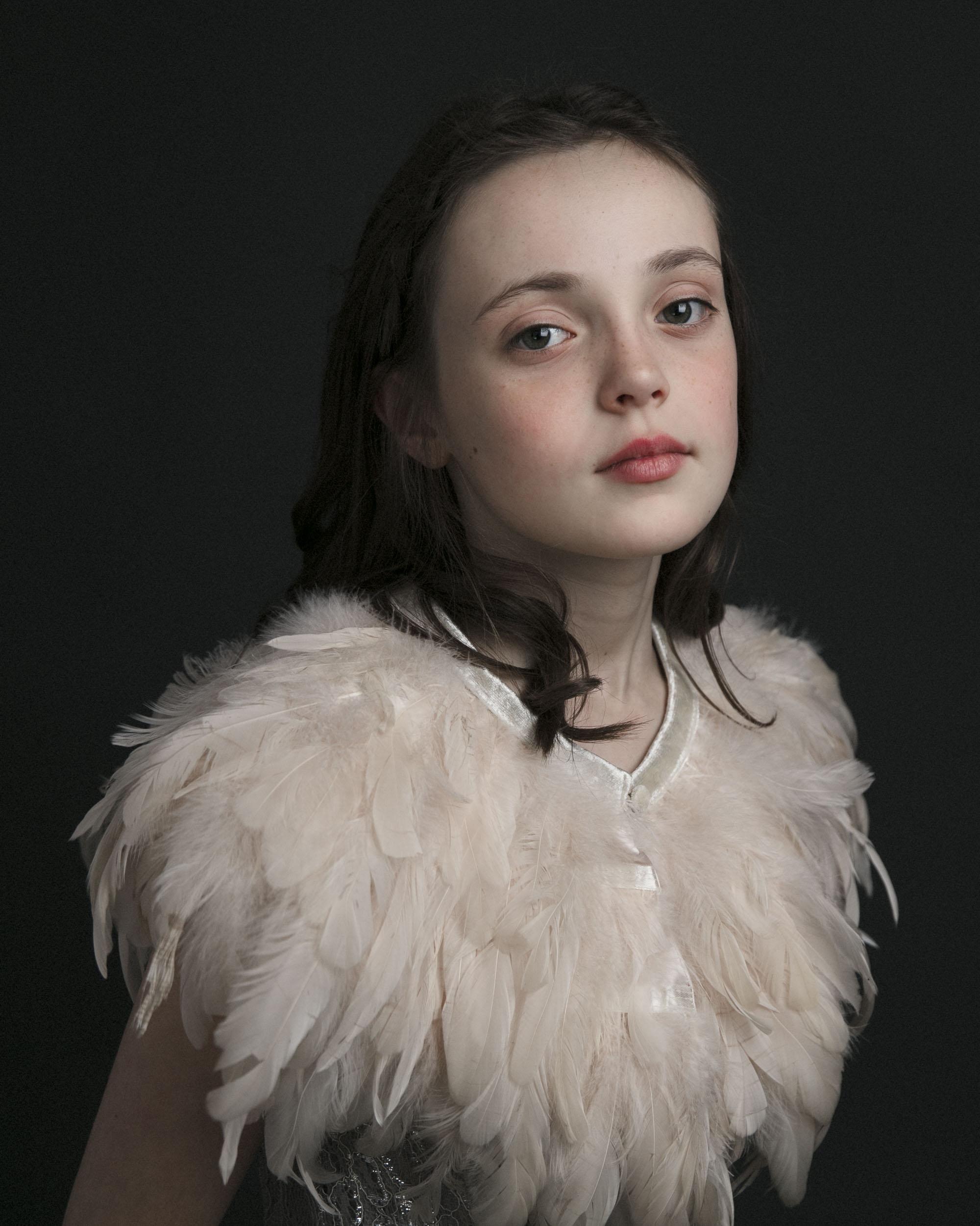 marina-mcdonald-child-portrait-photography-canberra-child-masters-painting