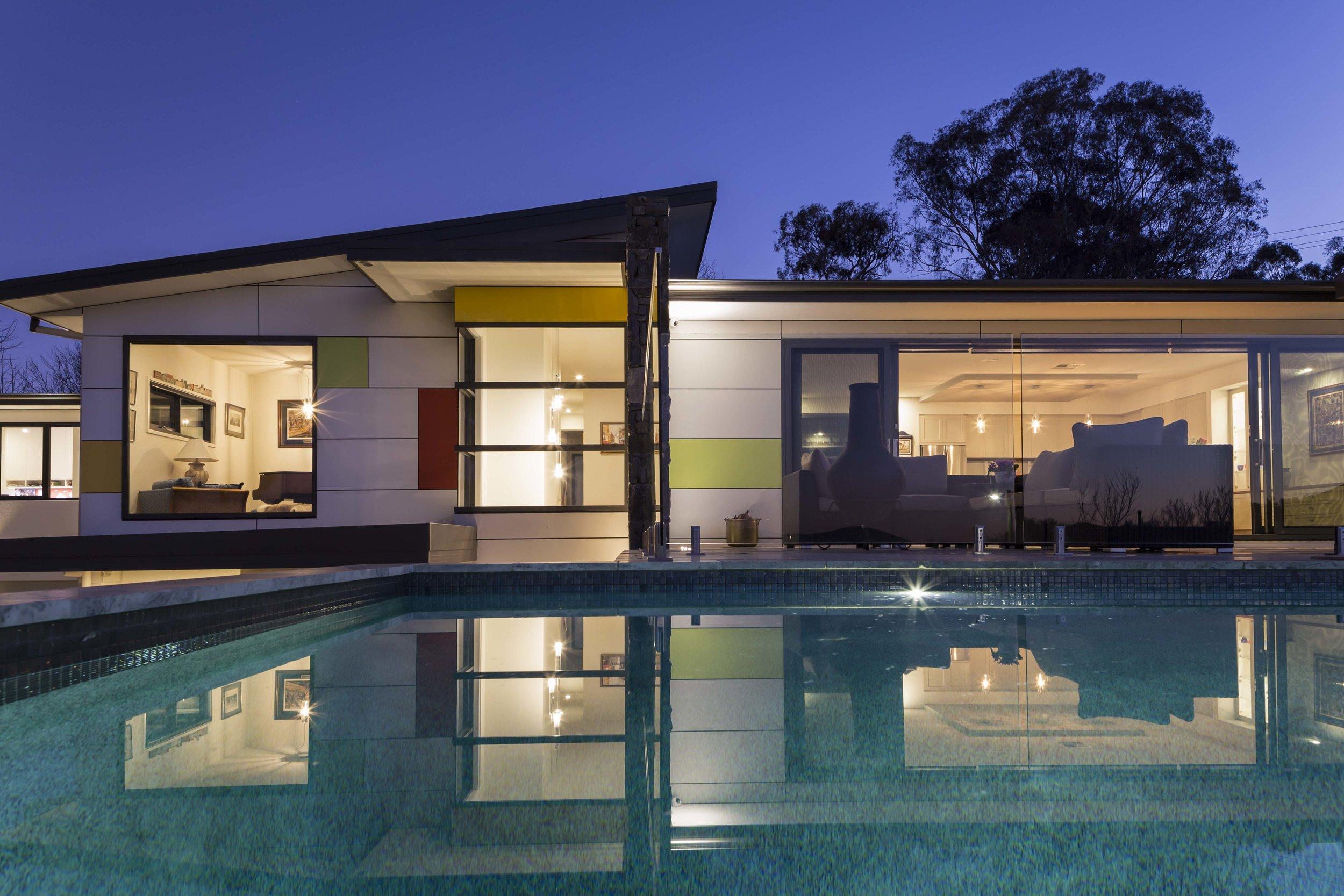 marina-mcdonald-architectural-photographer-canberra-adam-hobill-design-exterior-pool