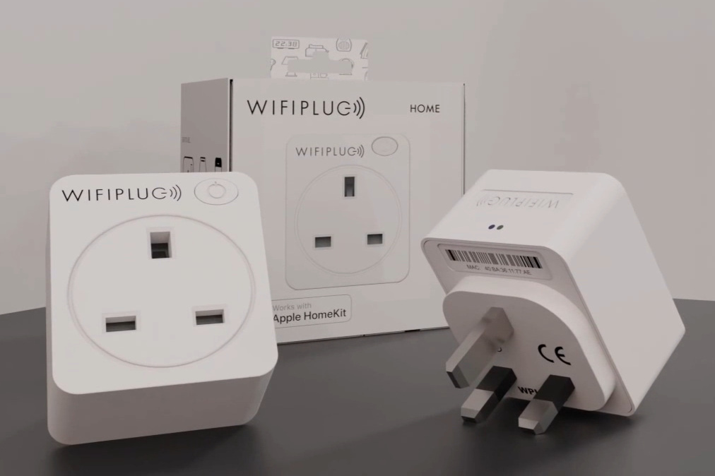 WIFIPLUG - 240V, WiFi, manual switch, consumption monitoring.Buy: Amazon, Direct