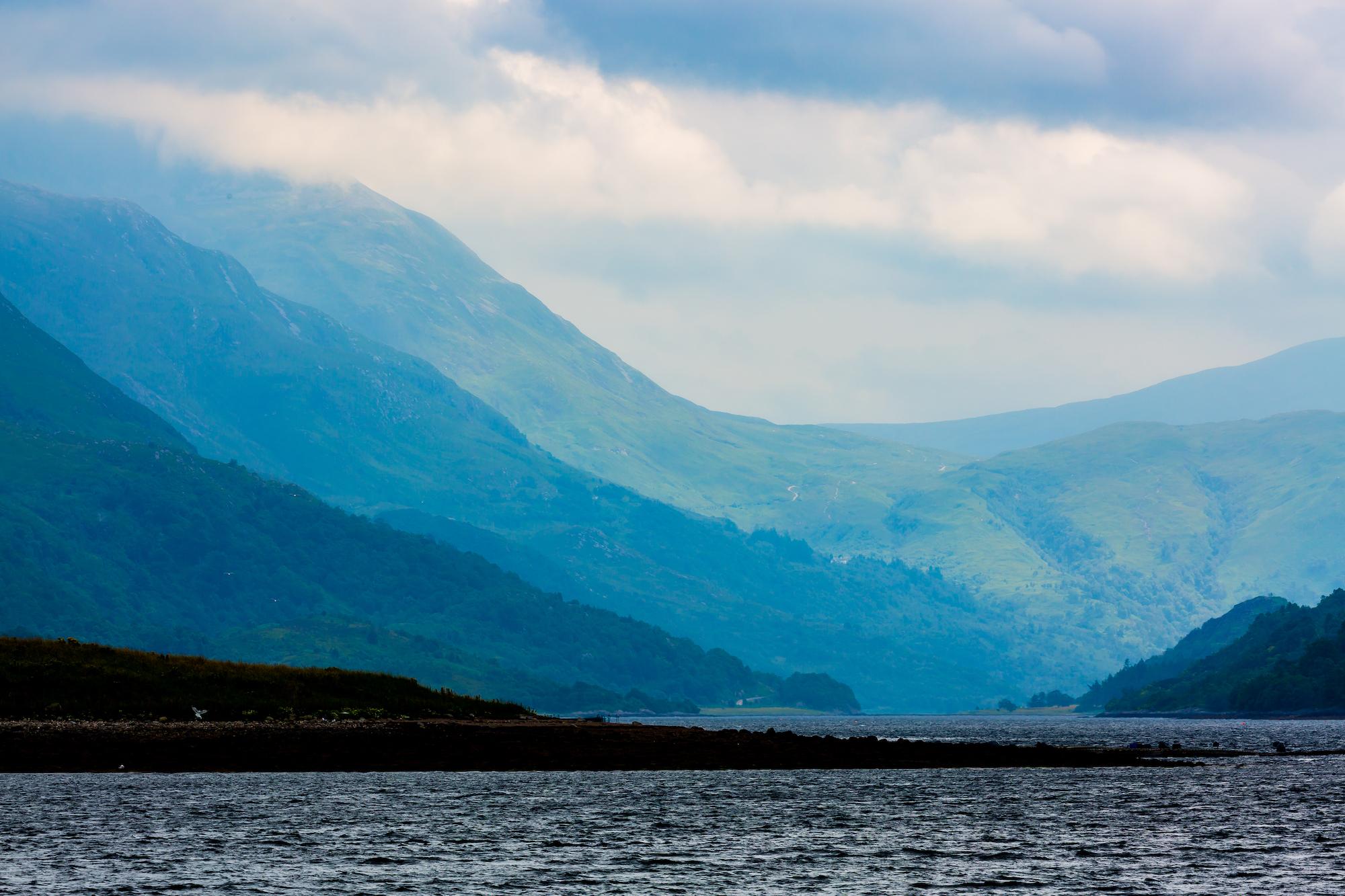 (698) Loch Leven, Mam na Gualainn, Beinn na Caillich, Glencoe, Lochaber, Scottish Highlands, Scotland.jpg