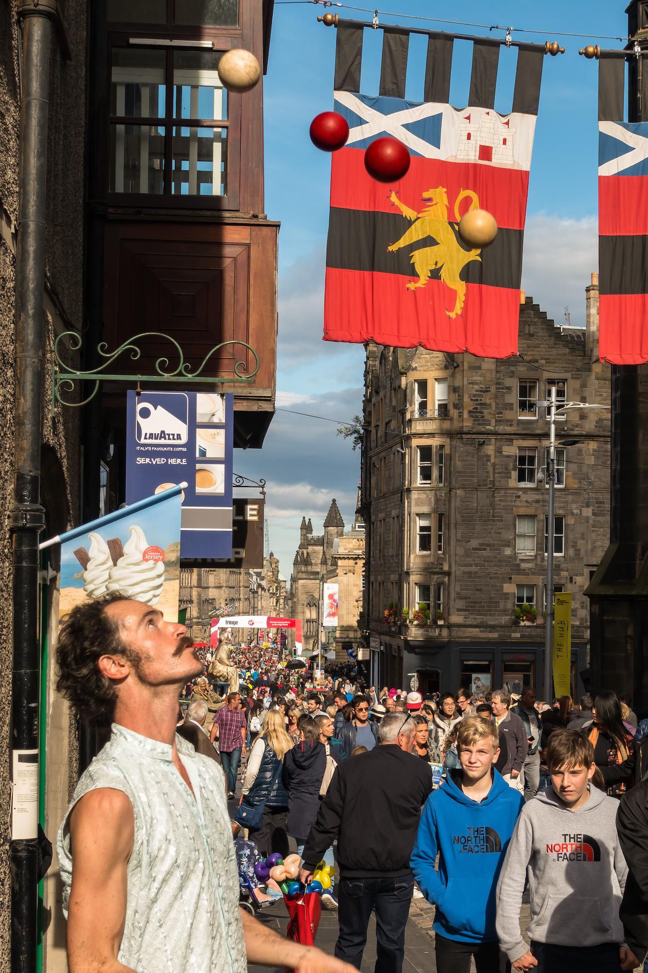 (219) Juggler on Royal Mile, Castlehill, Edinburgh Festival Fringe, Edinburgh, Scotland.jpg