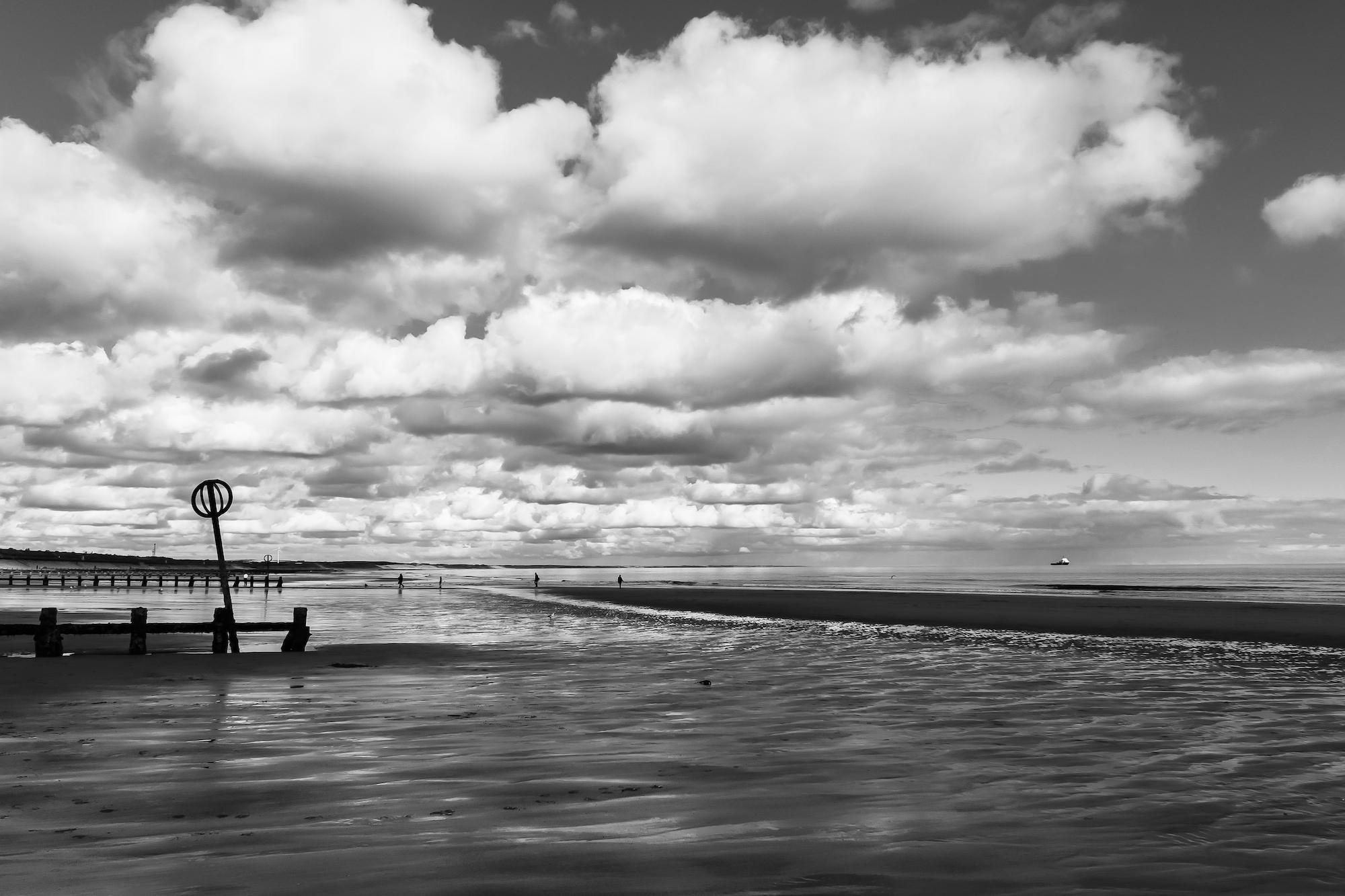 (184) The beach, Esplanade, Aberdeen Bay, Aberdeen, Scotland. Copyright David Wheater.jpg