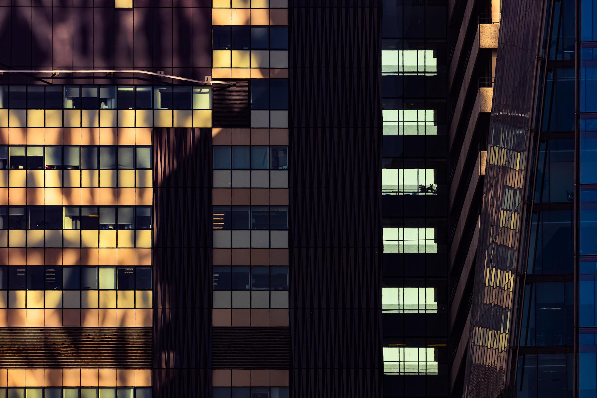 (203) Guy's Hospital, St Thomas Street, King's College London Guy's Campus and The Shard, The Shard of Glass, Shard London Bridge, Skyscraper, Southwark, 32 London Bridge Street, London, England. April 2019. Copyright David Wheater.jpg