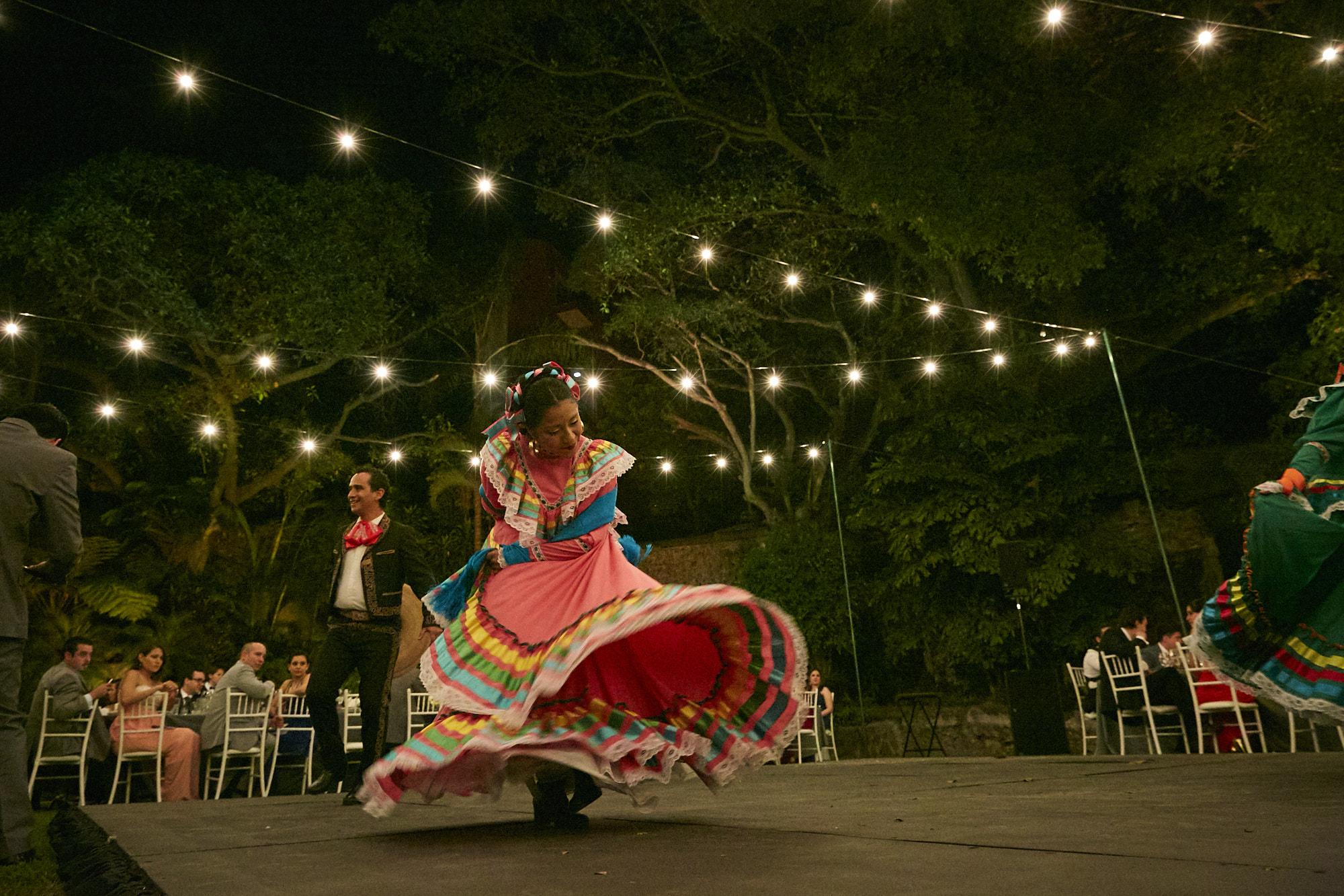 LJL_GabbyandIVan_Mexico_093.jpg