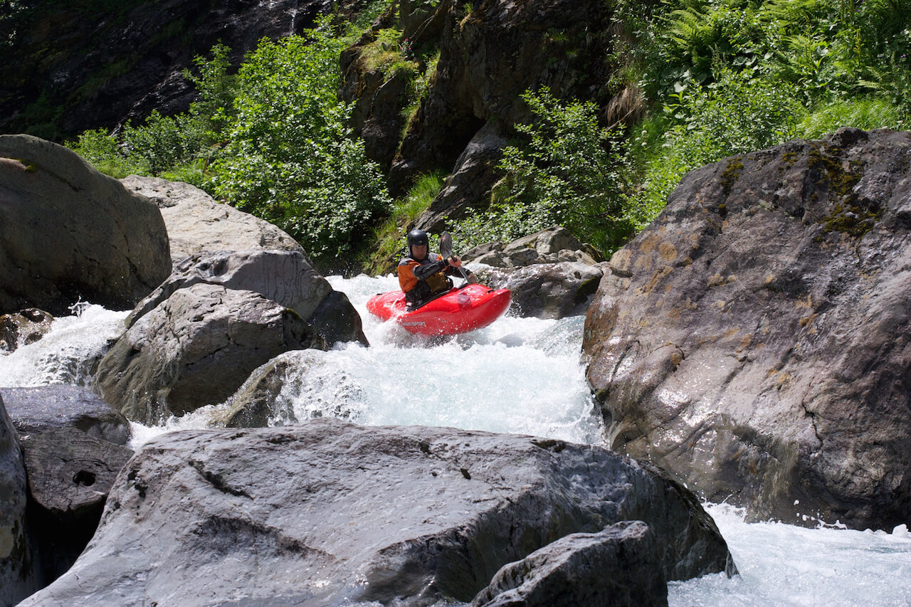 Alps Kayaking, Basiskurs Creeking, Basiskurs Creeking Österreich, Creeking, Creeking Austria, Creekingkurs, Creekingkurs Österreich, Go Kayaking, Introduction to Creeking, Introduction to Creeking in Austria, Kajak Austria, Kajak Österreich, Kajaken, Kajakfahren in den Alpen, Kajakschule Arlberg, Kajakschule Austria, Kanuschule Austria, Kayak Austria, Kayak Guiding Europe, Kayak School Arlberg, Kayak School Austria, Kayak School Europe, Kayaking, Kayaking School Europe, Whitewater Kayaking Austria