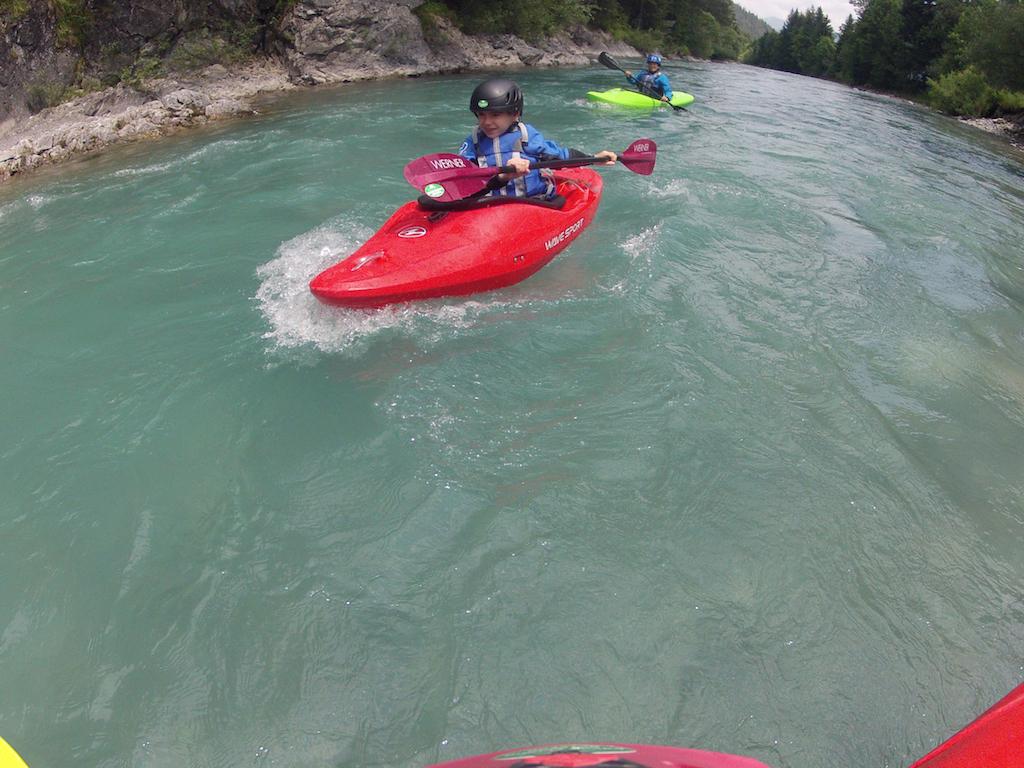 Family-Kayaking-Courses.jpg