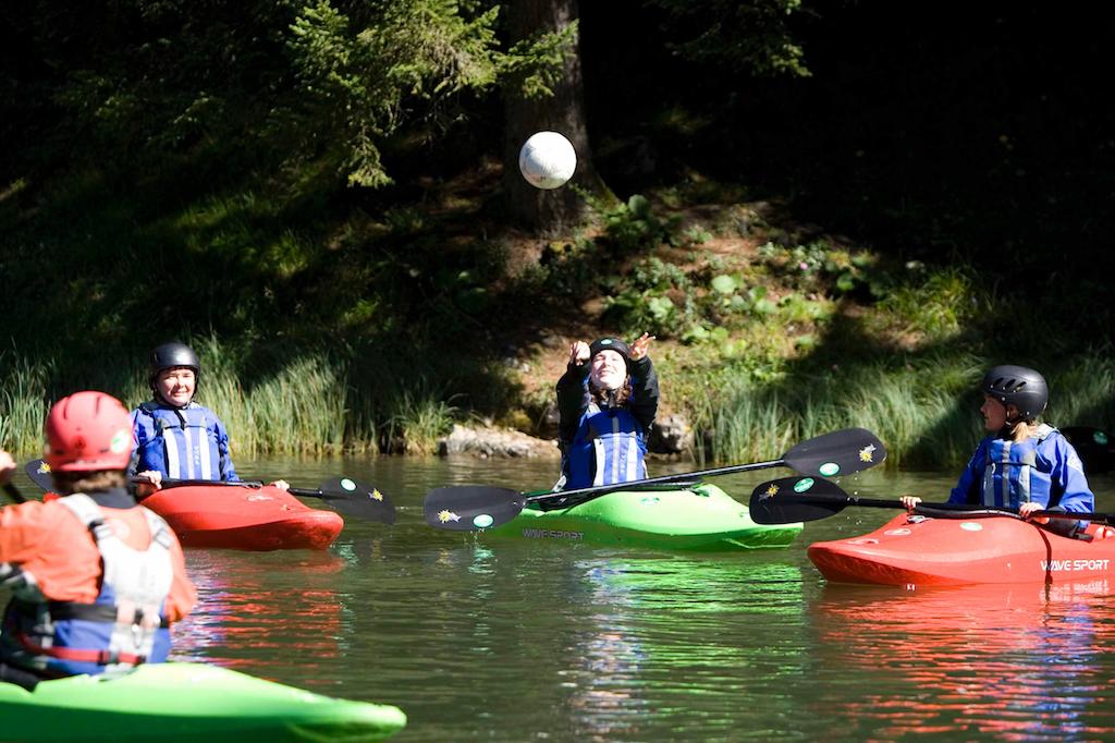 Family-Kayaking-Courses-Austria.jpg