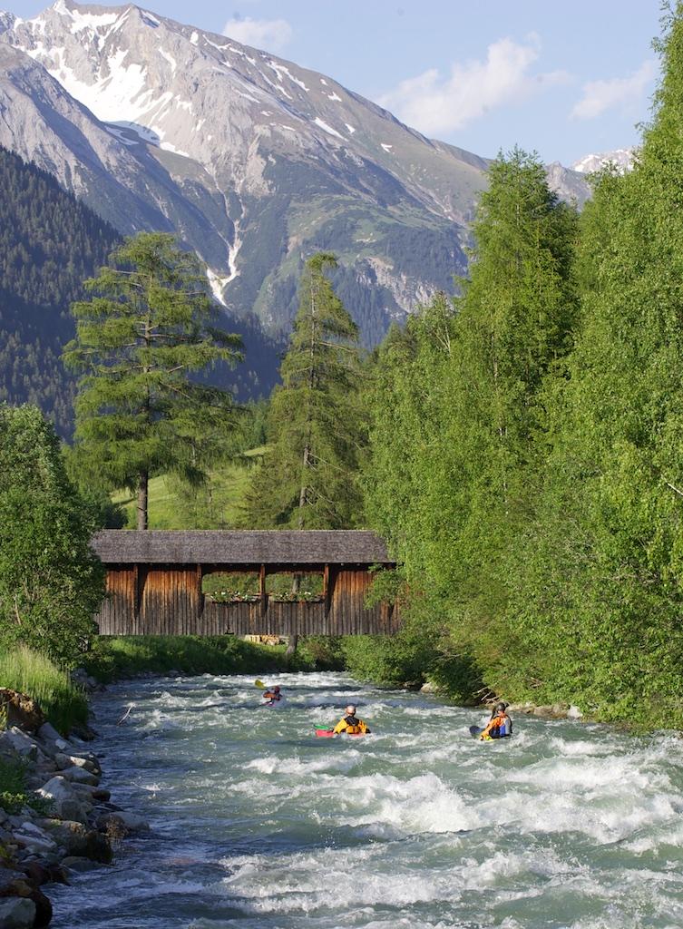 Kayak-St-Anton-am-Arlberg.jpg