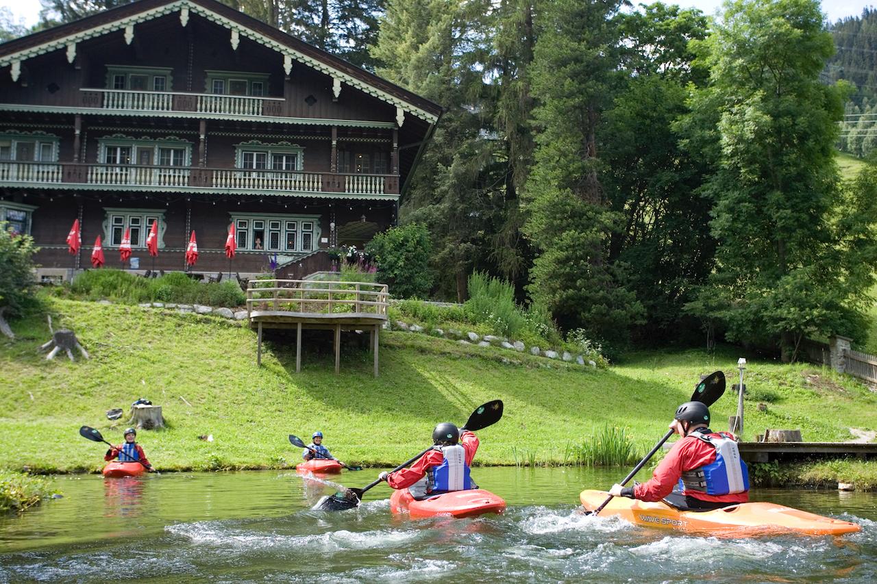 Family-Kayaking-Activities-St-Anton-am-Arlberg.jpg