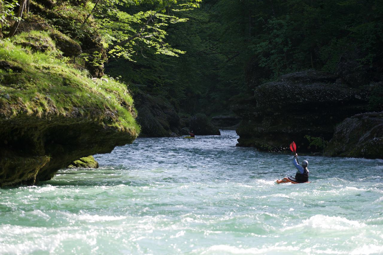 Kayak-Salza River.jpg