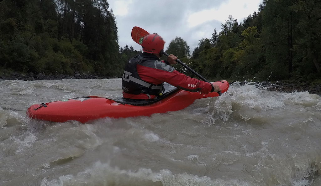 Kayak-Courses-Europe.jpg