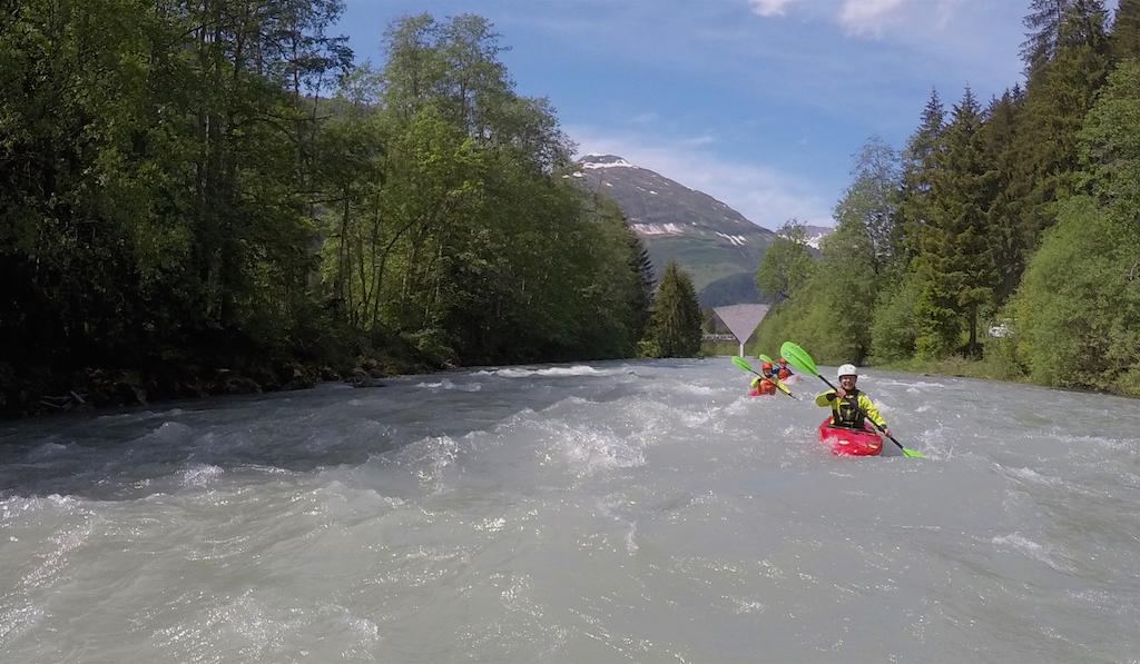 Womens-Kayaking-Courses-Austria.jpg