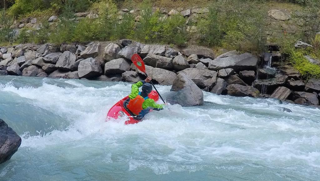 Kayaking-Courses-Europe.jpg