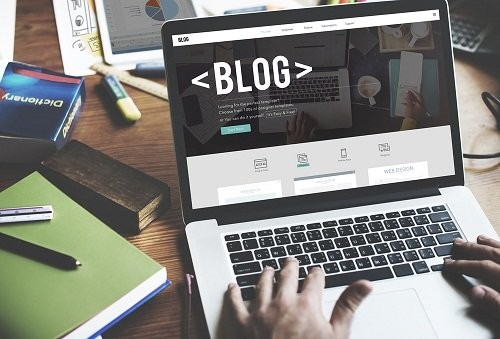WOODWORKS COMMUNICATIONS - Write-Good-Blog-Titles.jpg