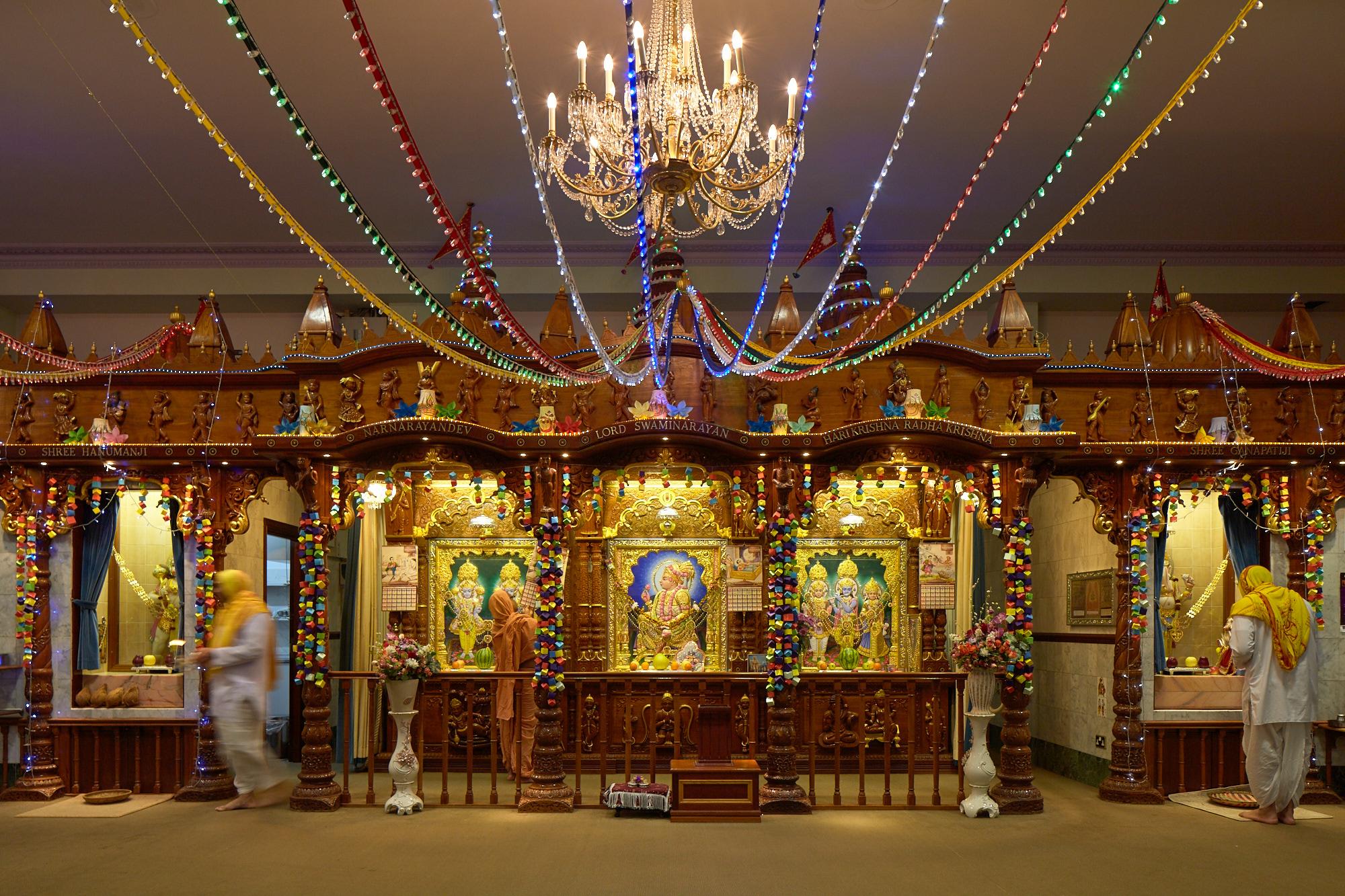 Shree Swaminaryan Temple Willesden – men's section