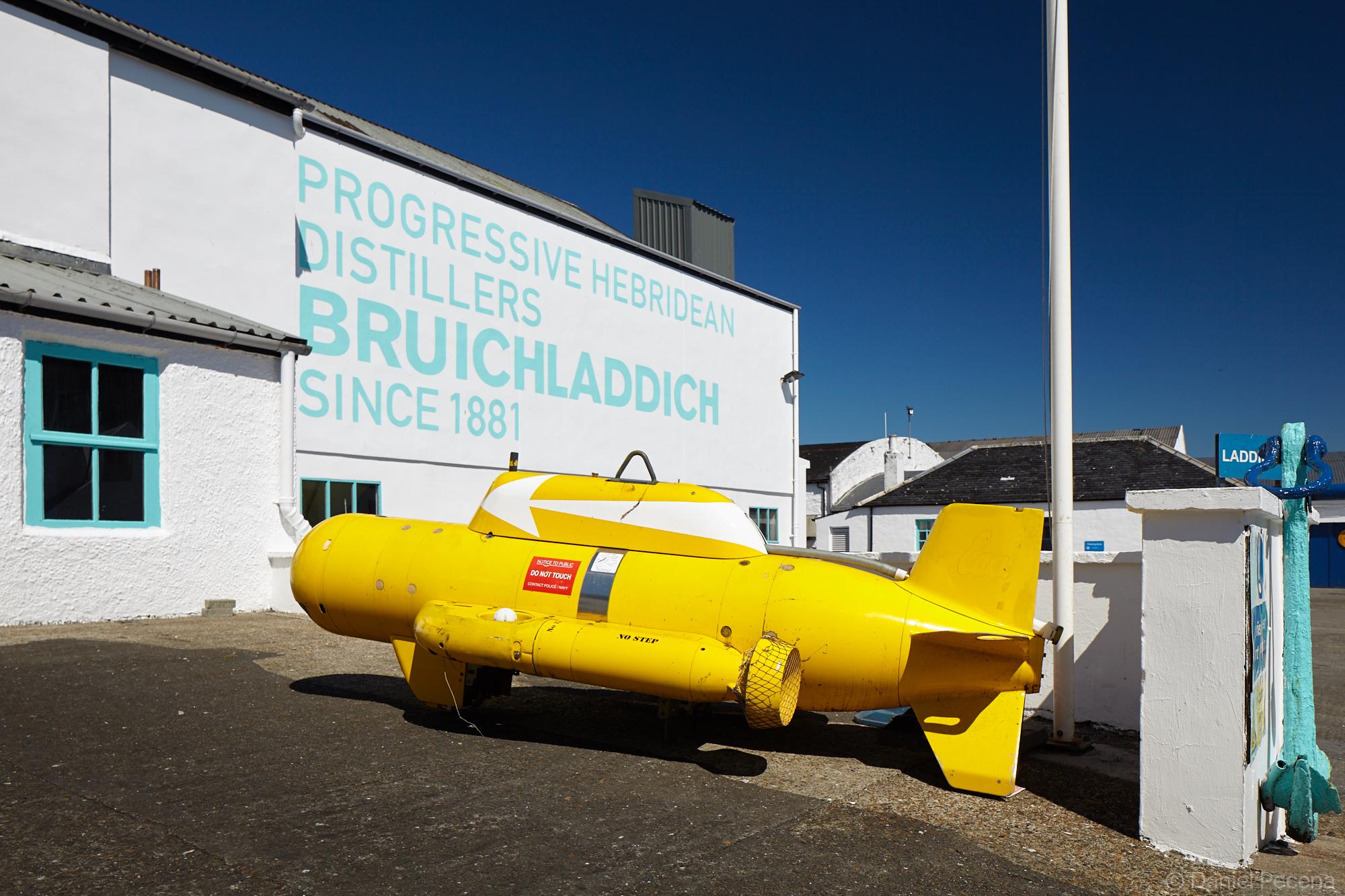 Yellow submarine, Islay, Scotland