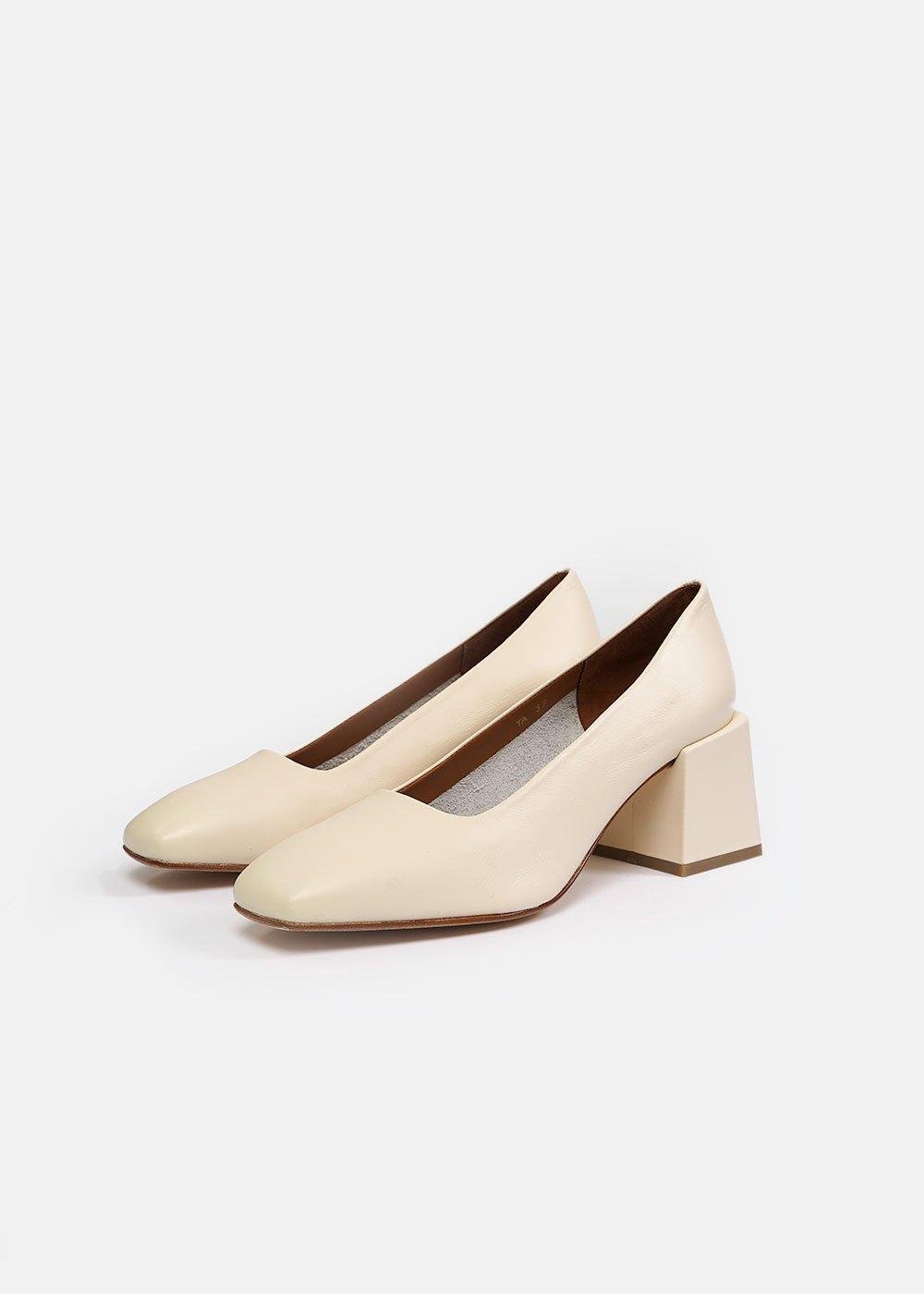 loq-villa-heels-new-classics-studios-canada-1_2048x.jpg