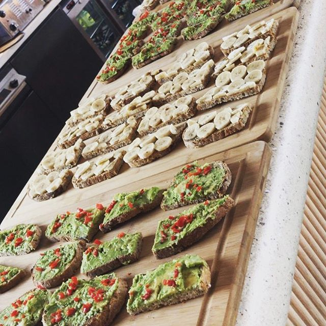 Keeping London's workforce healthy, energised & productive! Zero chemicals, zero refined sugars, wholegrains only, no cooking with oils and much more. All designed to get you feeling and functioning at peak capacity. ____________________________________ Contact us for info on catering & pop-ups. Available for both breakfast & lunch.