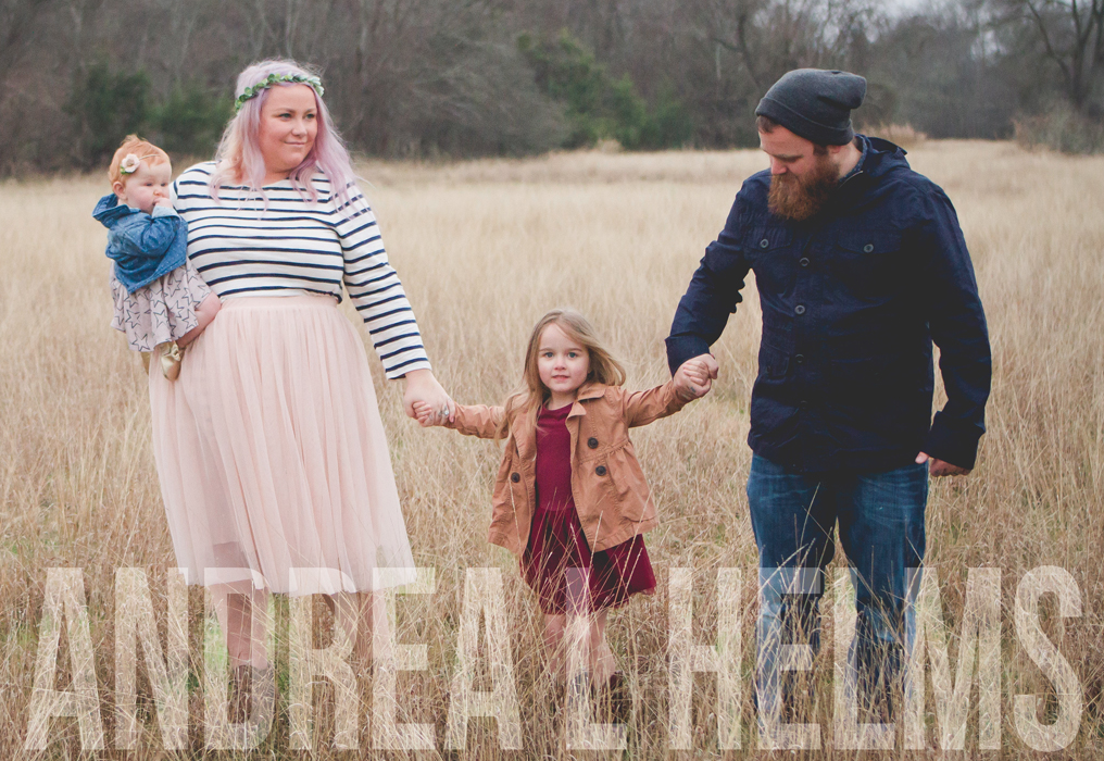 Andrea L Helms - I am a wife, momma, & Jesus lover. I love iced coffee, hilarious books, and organized closets.
