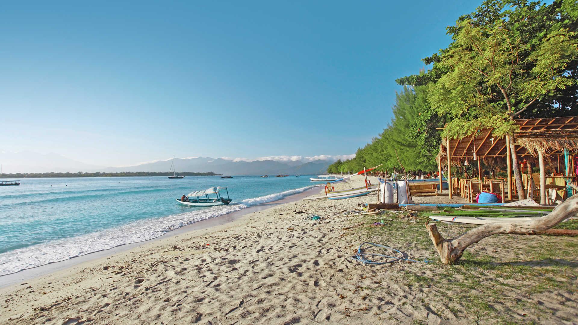 lombok-and-gili-islands-34834492-1482324123-ImageGalleryLightboxLarge.jpg