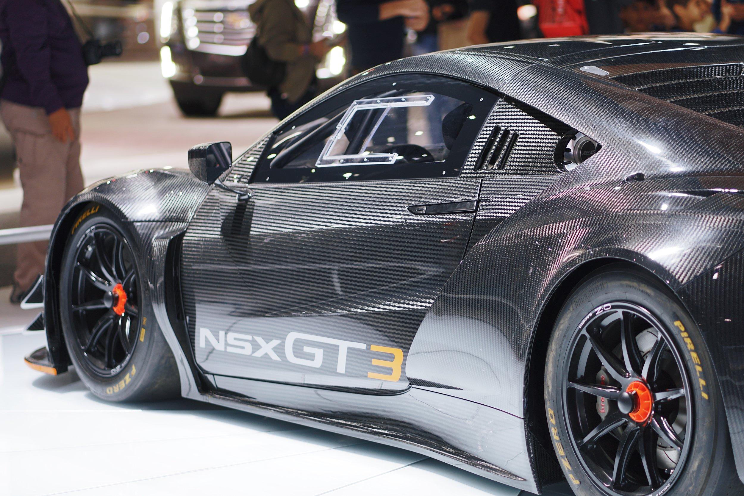 Carbon fiber NSX GT3