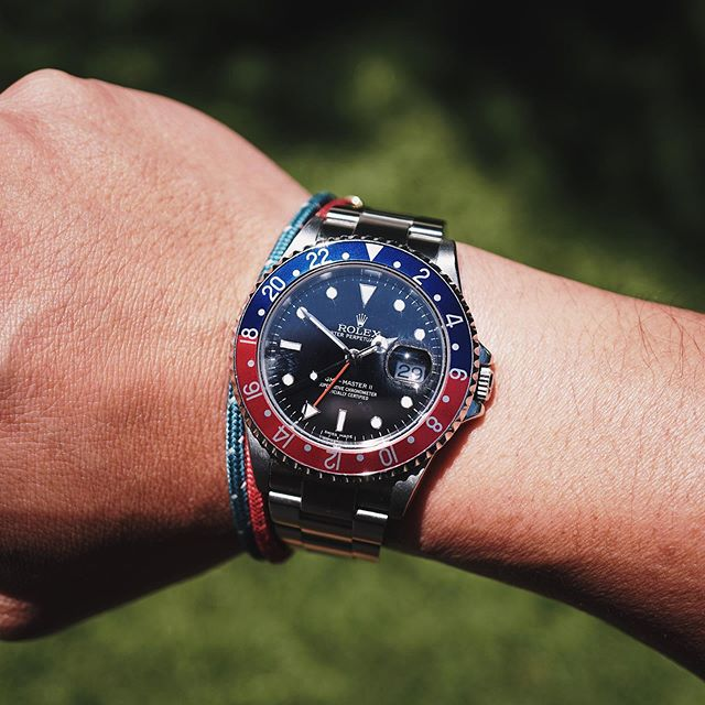 Near perfect summer watch. ☀️🔵🔴 #Rolex #GMTMaster2 #16710 #StickDial #RolexPepsi #RolexGMT #RolexGMTMaster #GMTPepsi #pilotwatch