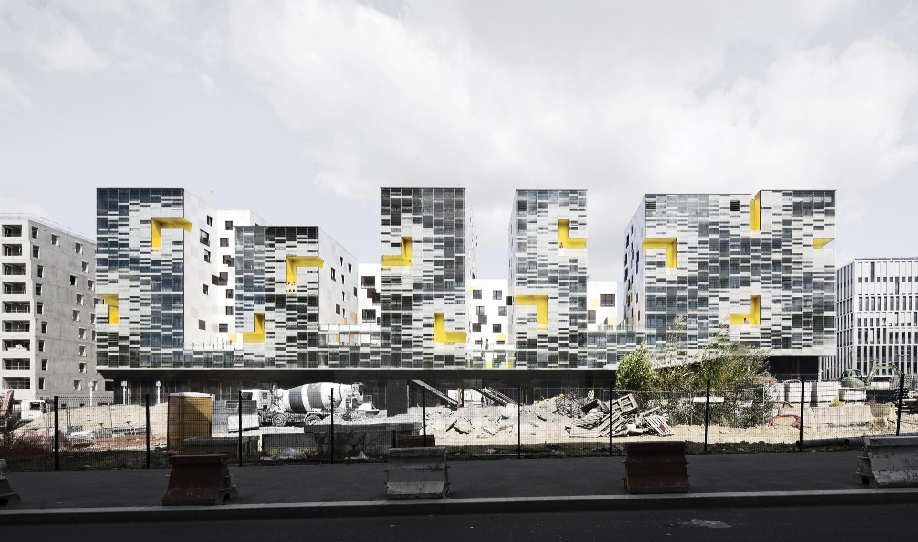Apartment Blocks in Nanterre by X-TU | Luc Boegly