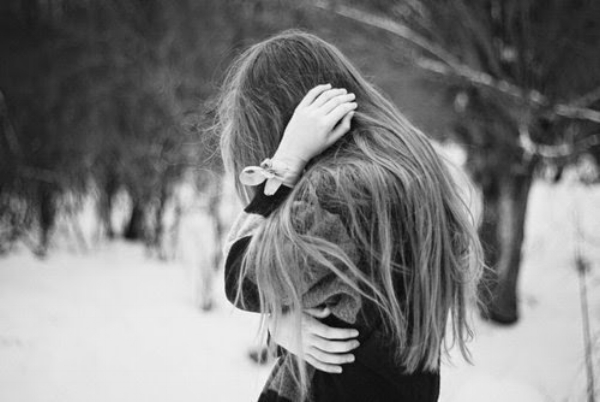 black-and-white-crying-cute-girl-hair-Favim.com-325351-1.jpg