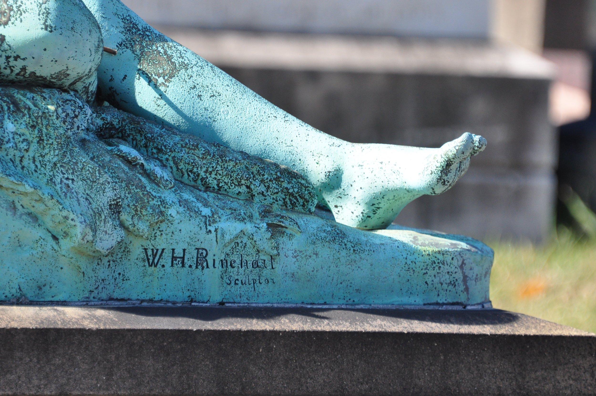 Rinehart sculpture signature Original.jpg