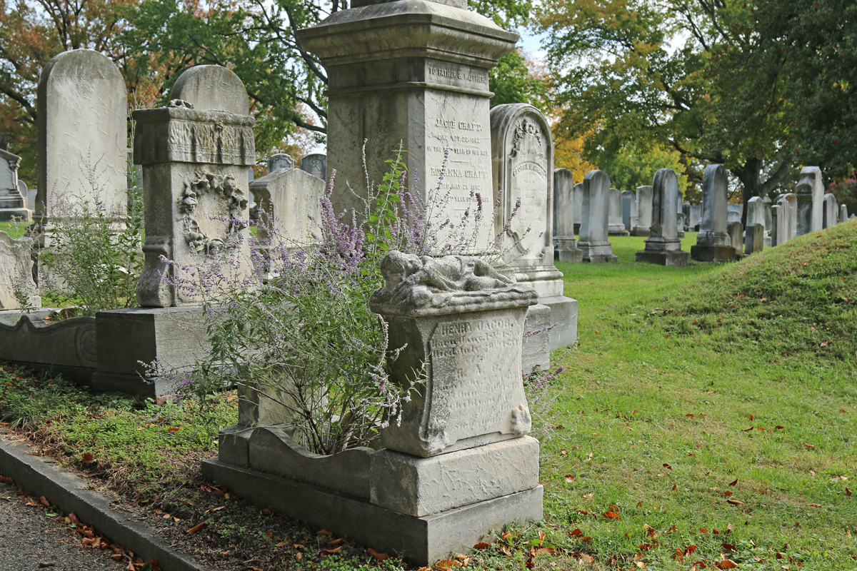 A sleeping child gravestone at Green Mount Cemetery