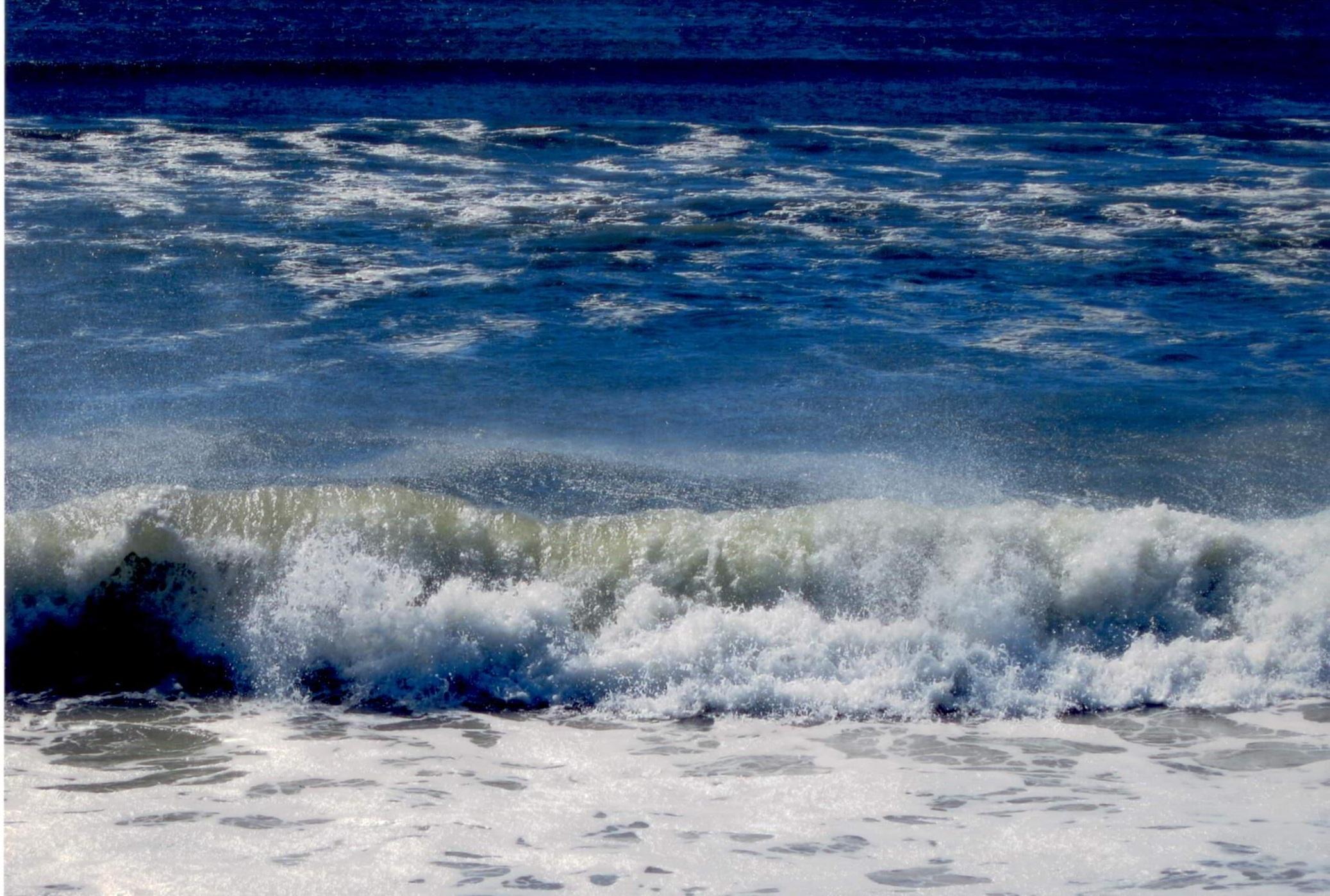 Il mare è sempre piú pulito, ancora ci vuole un pò di tempo per finire la purificazione.