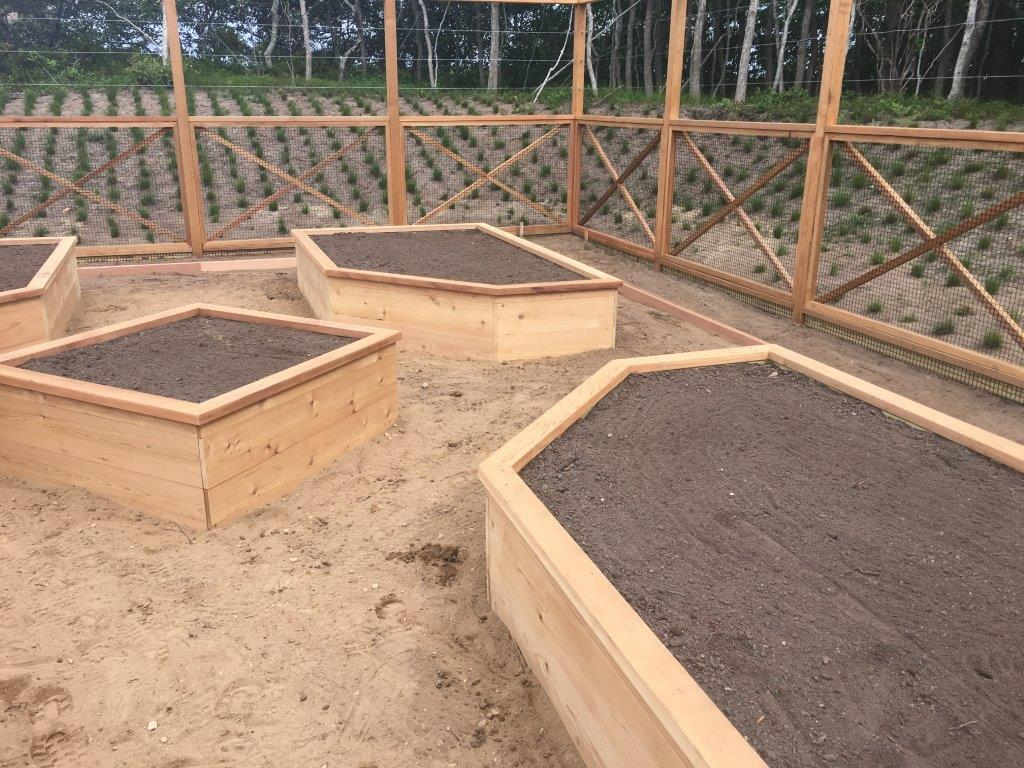 Raised Wooden Bed for Gardens/Flowers