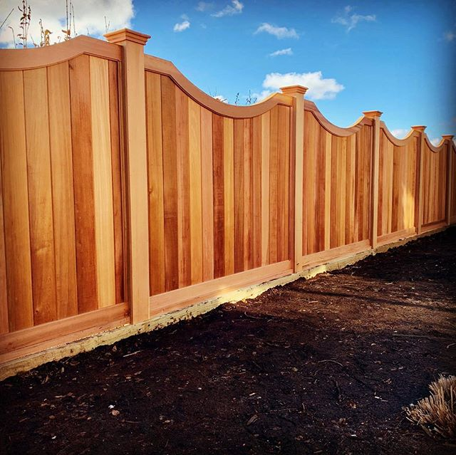 #Red Cedar Curved Fence #NANTUCKETFENCING